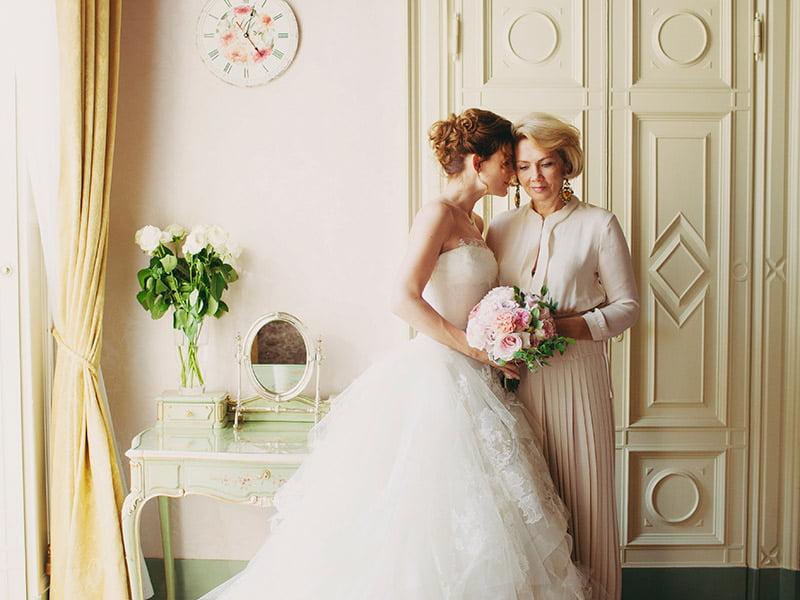 Como escolher o vestido para a mãe da noiva   9f2e79fd596bf