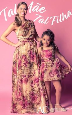 Vestido de Festa Infantil Estampado coordenado tal mãe tal filha
