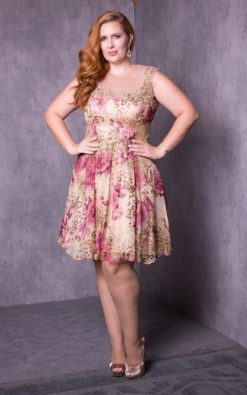 Vestido de Festa Candy Flower Curvy Collection