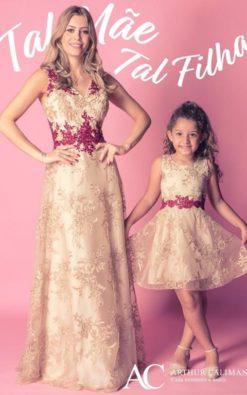 Vestido de Festa Curto Infantil rendado Tal Mãe Tal Filha