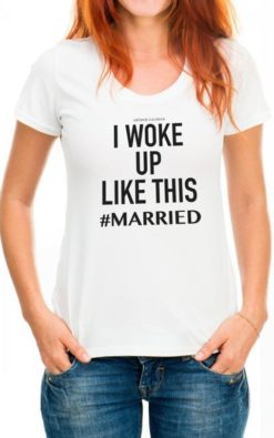 Camiseta branca para noiva #married