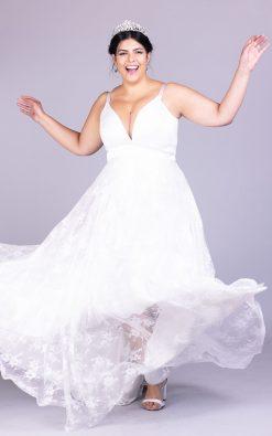 Vestido de noiva plus size marselheh