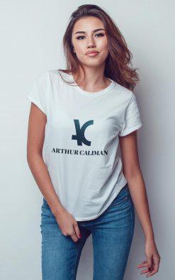Camiseta feminina TSF 01 01 manga curta branca estampa marca Arthur Caliman